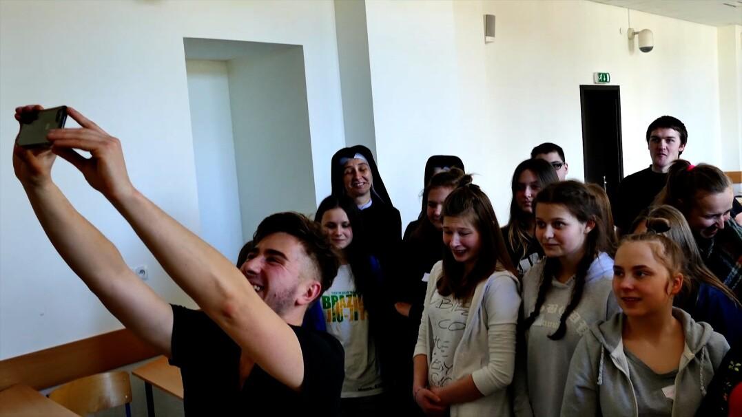 Licealiści zorganizowali warsztaty dla rówieśników z domów dziecka