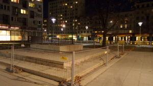 Usunęli głaz z placu Wileńskiego