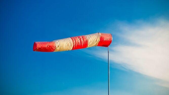 Wiatr nie da za wygraną. <br />Prognoza zagrożeń IMGW