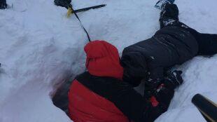Lawina śnieżna porwała turystów w Tatrach