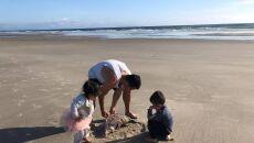 Ciekawe znalezisko na plaży (autorzy: Eve i Adam Dickinson)