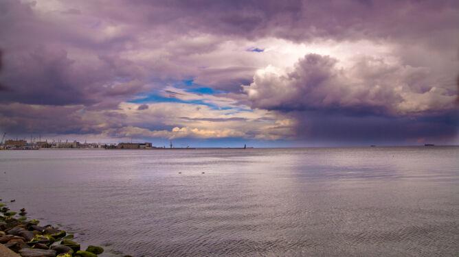 Prognoza na nadchodzący tydzień: kwiecień plecień. Deszcz, burze i huśtawka temperatury